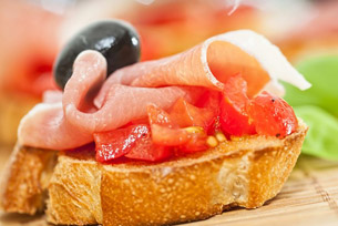 tapas-tomate-olive-jambon-iberique-boeuf-leclair-mini